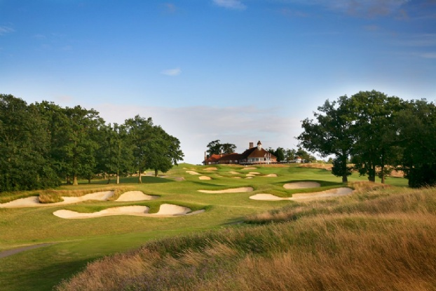 Golf breaks at Chart Hills Golf Club, England. GRD Rating: 8.9