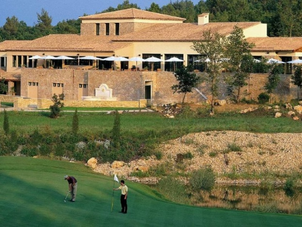 Golf breaks at Terre Blanche Hotel Spa Golf Resort, France. GRD Rating: 8.9