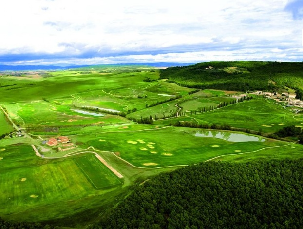 Golf breaks at La Bagnaia Golf & Spa Resort Siena, Curio Collection By Hilton, Italy. GRD Rating: 8.6