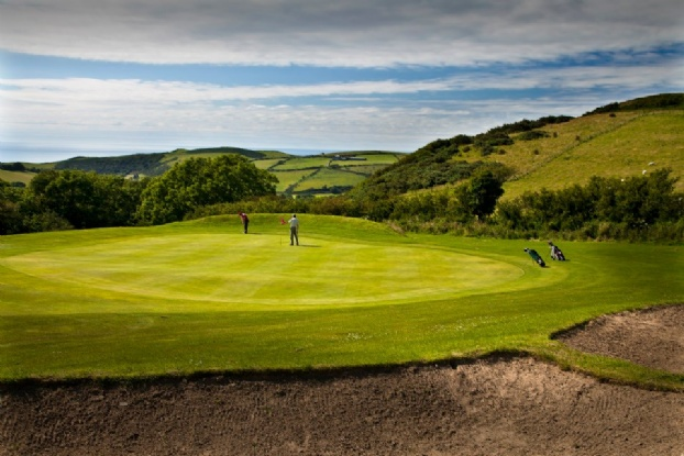 Golf breaks at Penrhos Golf And Country Club, Wales. GRD Rating: 8.4