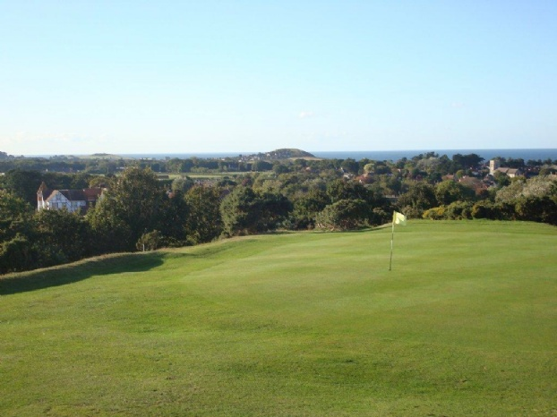 Golf breaks at The Links Country Park Hotel & Golf Club, England. GRD Rating: 8.4