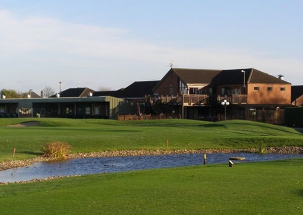Golf breaks at Boston West, England. GRD Rating: 8.6