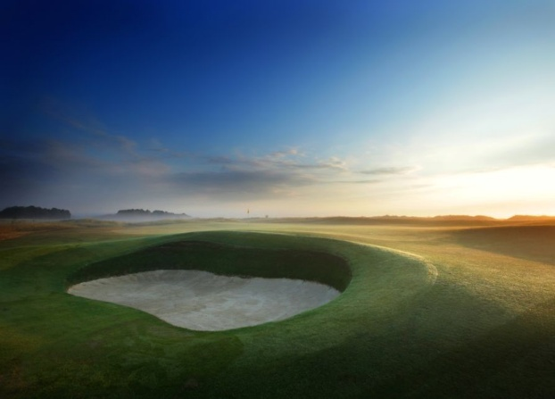 Golf breaks at Prince's Golf Club, England. GRD Rating: 8.7